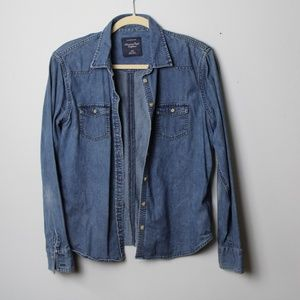 American Eagle Outfitters Chambray, Denim Shirt